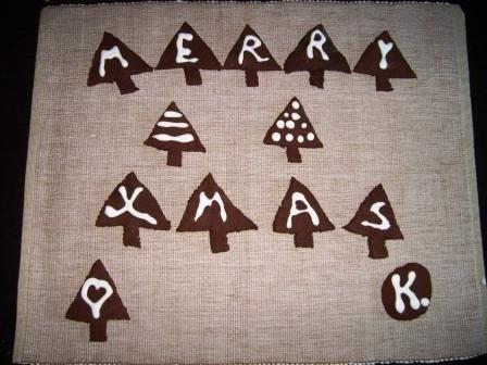 Pic and chocolate Christmas trees by kiwikoo
