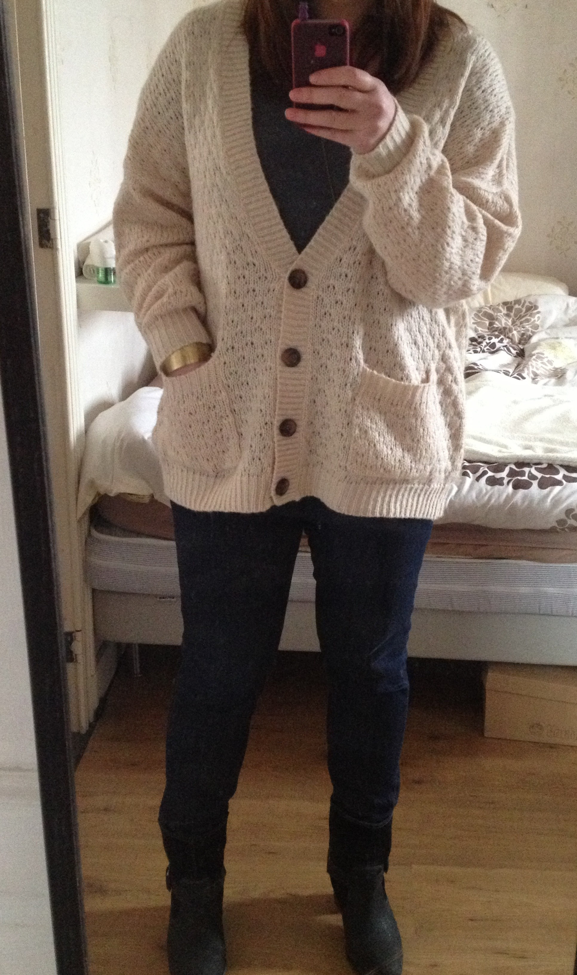 Jumper,vest from New Look, T,Shirt HM, Levis jeans, Boots