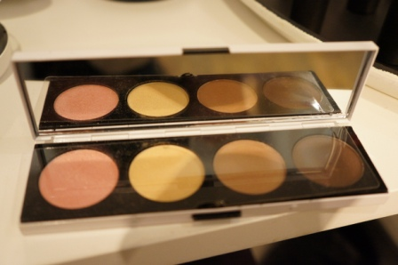 Archie's Girls eye shadows/ Pic by kiwikoo