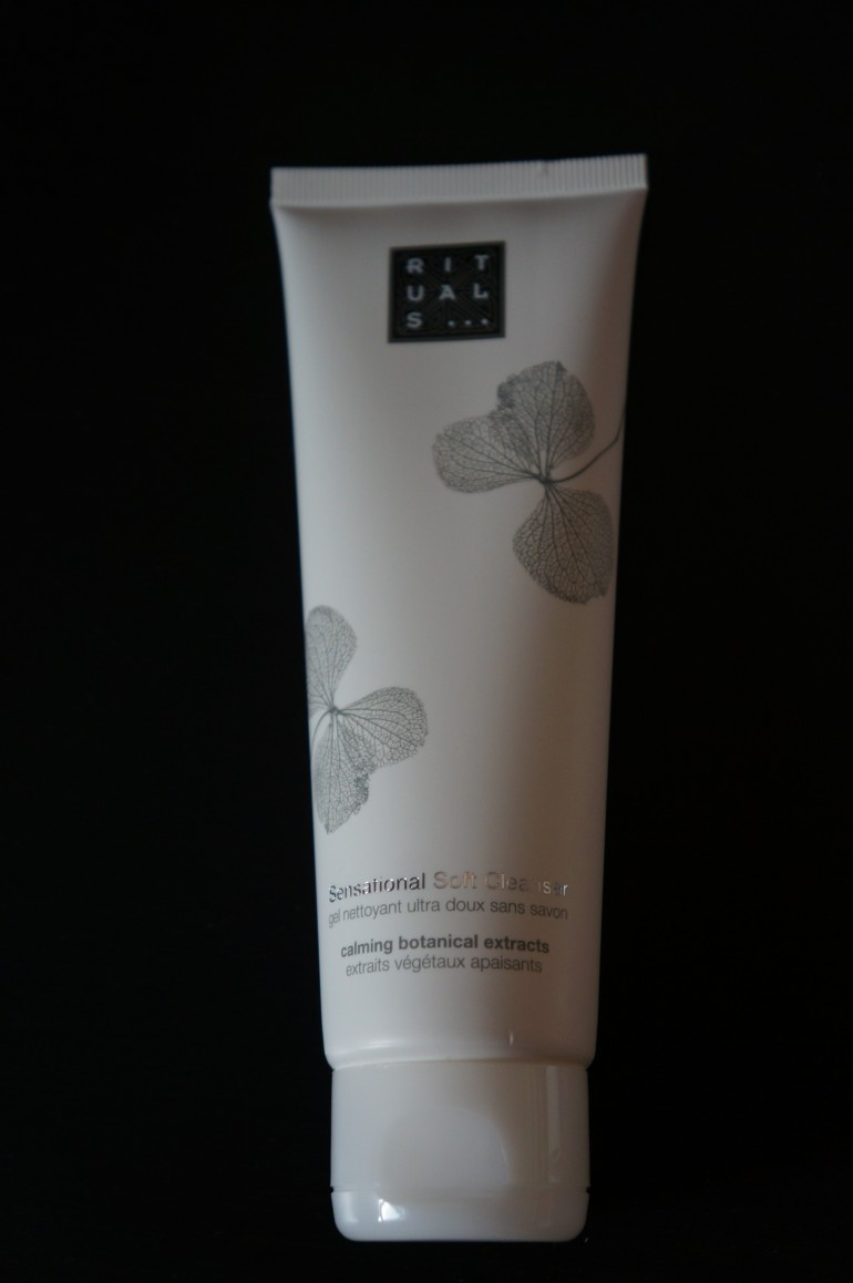 Creamy Foam Cleanser by Rituals/ Pic by kiwikoo