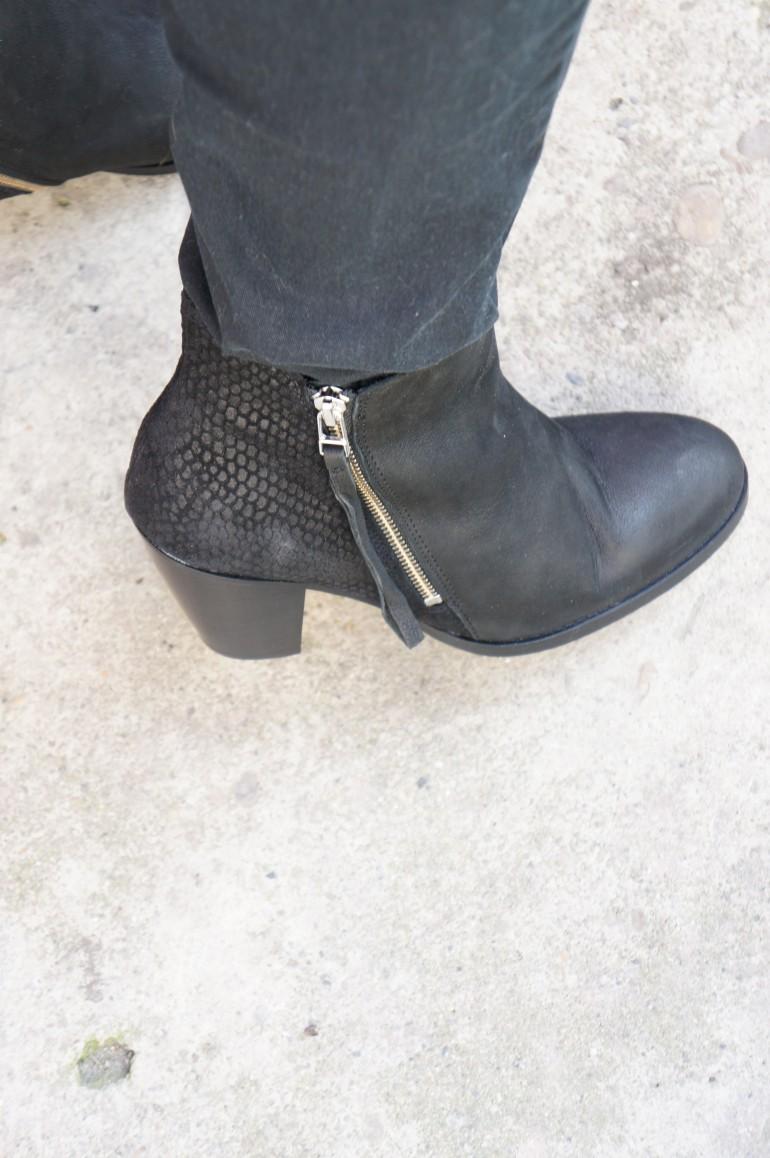Sacha Pistol Boots/ Pic by kiwikoo