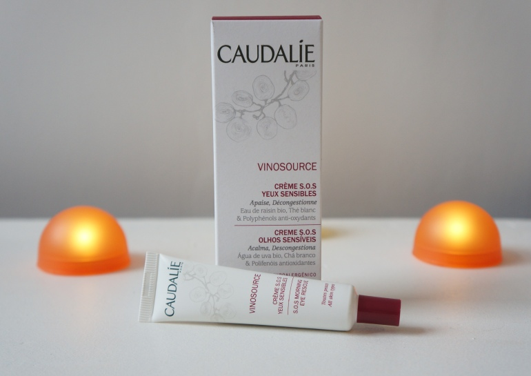 Eye contour cream c/o Caudalie/ Pic by kiwikoo