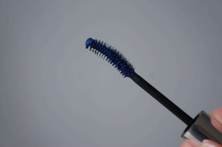 Eyeko Midnight Blue Black Magic mascara from Le Boudoir de Jeanne/ Pic by kiwikoo.