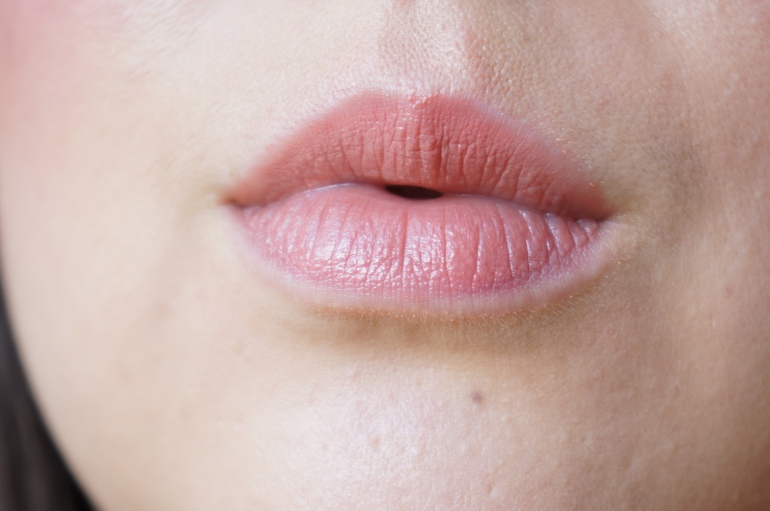 """Phyto-Lip Twist in """"Litchi"""" by Sisley/ Pic by 1FDLE."""